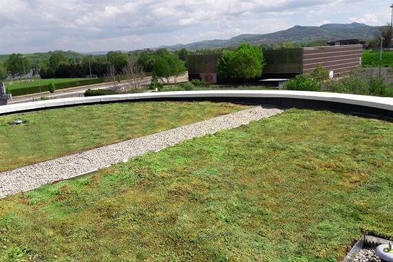 Une toiture circulaire…ou presque